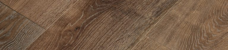 kobicha – smoked continental oak, brushed, stained oiled