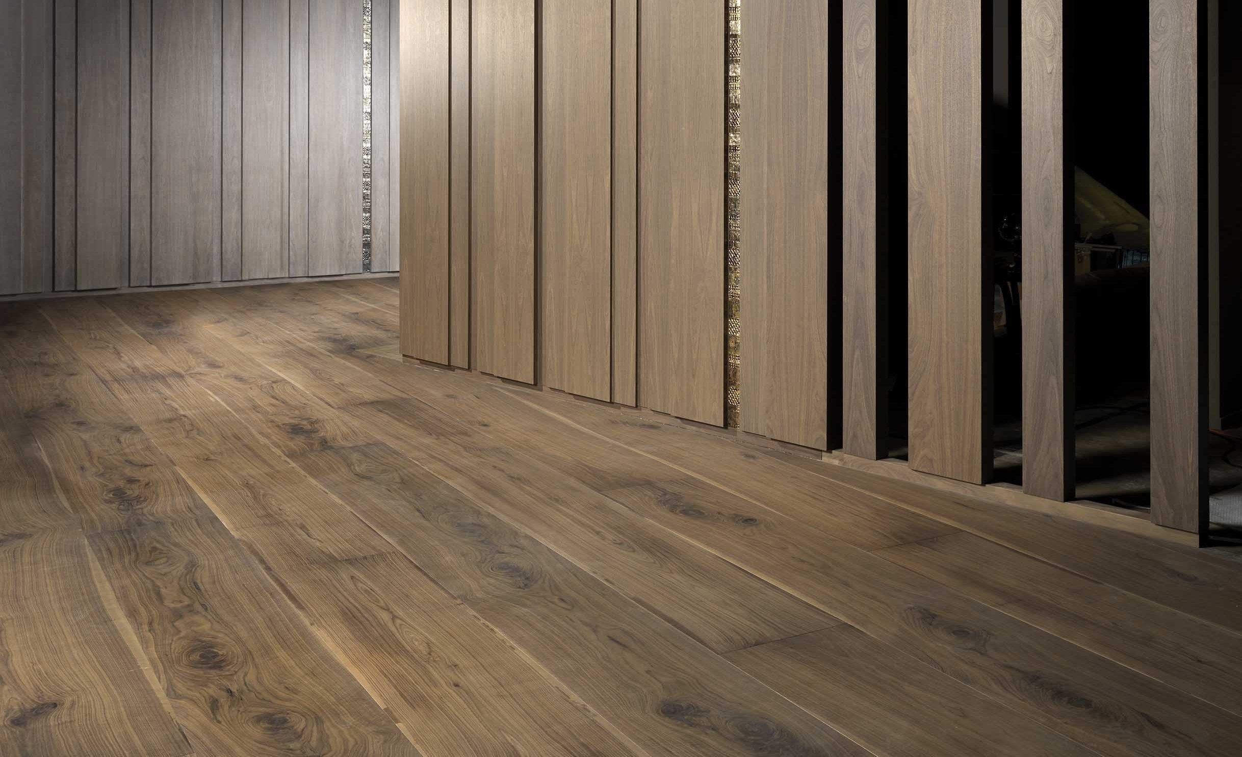 Extra wide plank laminate flooring for Wide plank laminate flooring